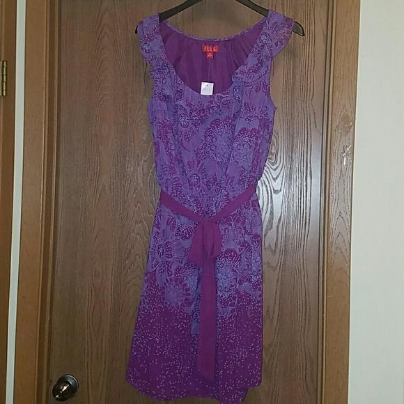 Elle Dresses & Skirts - Elle Aruba floral dress